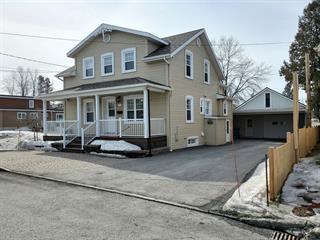 Duplex à vendre à Amqui, Bas-Saint-Laurent, 11Z, Rue  Normand Nord, 27760163 - Centris.ca
