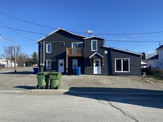 Triplex à vendre à Val-d'Or, Abitibi-Témiscamingue, 418 - 422, Rue  Lauzanne, 24806175 - Centris.ca