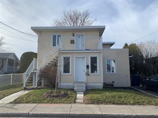 Triplex à vendre à Laval (Saint-Vincent-de-Paul), Laval, 4921 - 4923, Rue  Saint-Henri, 27706096 - Centris.ca