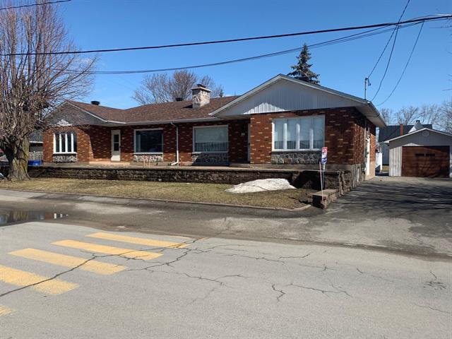 Duplex à vendre à Saint-Polycarpe, Montérégie, 101 - 103, Rue du Parc, 20589191 - Centris.ca