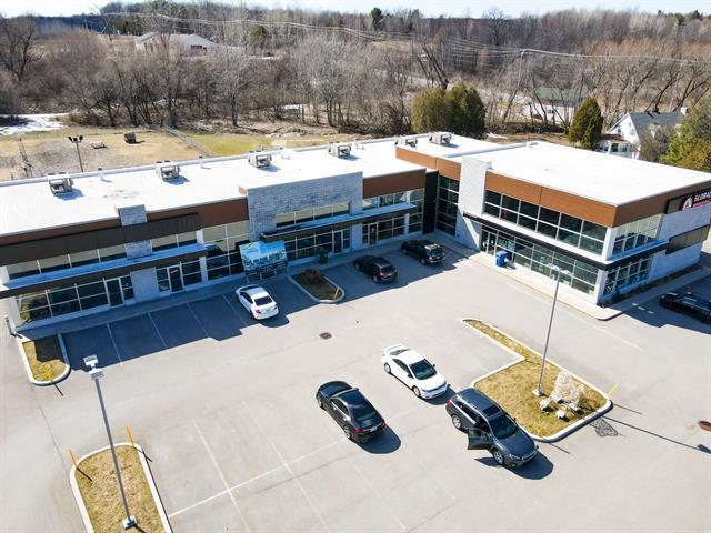 Commercial building for rent in Vaudreuil-Dorion, Montérégie, 3232, Route  Harwood, 19826678 - Centris.ca