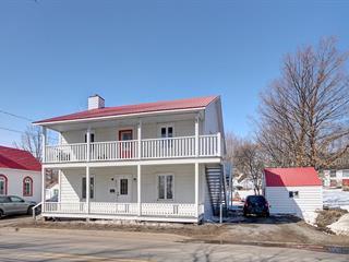Duplex à vendre à Saint-Laurent-de-l'Île-d'Orléans, Capitale-Nationale, 6918 - 6920, Chemin  Royal, 19615647 - Centris.ca