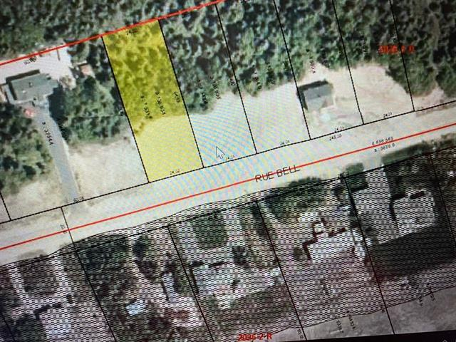 Terrain à vendre à Sept-Îles, Côte-Nord, 980, Rue  Bell, 28803873 - Centris.ca