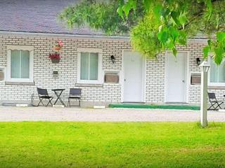 Bâtisse commerciale à vendre à Yamachiche, Mauricie, 191, Route  Sainte-Anne Est, 27280299 - Centris.ca