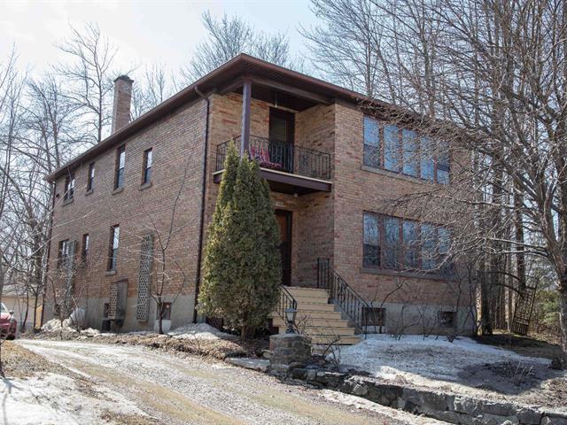 Duplex for sale in Sherbrooke (Les Nations), Estrie, 1624 - 1626, boulevard de Portland, 28676634 - Centris.ca