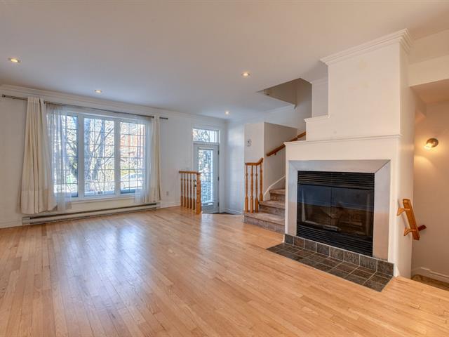 Maison à louer à Montréal (Saint-Laurent), Montréal (Île), 2270, Avenue  De Saint-Exupéry, 28203720 - Centris.ca