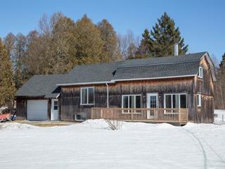 Maison à vendre à Sainte-Anne-de-la-Rochelle, Estrie, 648, Rue  Principale Est, 10377361 - Centris.ca