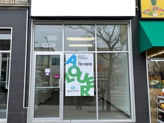 Local commercial à louer à Montréal (Côte-des-Neiges/Notre-Dame-de-Grâce), Montréal (Île), 5338, Chemin  Queen-Mary, 21616881 - Centris.ca