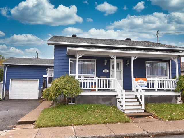 House for sale in Laval (Saint-Vincent-de-Paul), Laval, 882, Rue  Papineau, 28178677 - Centris.ca