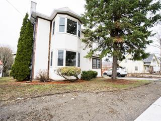 House for sale in Hemmingford - Village, Montérégie, 475, Avenue  Champlain, 14890655 - Centris.ca