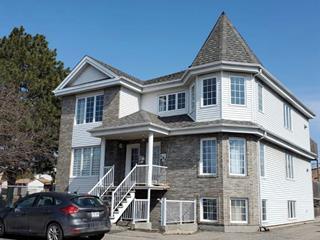 Triplex à vendre à Laval (Fabreville), Laval, 701 - 703, Montée  Montrougeau, 24398755 - Centris.ca