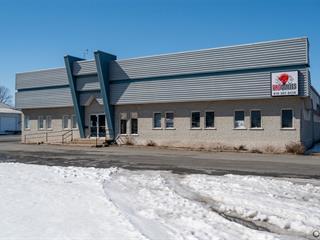 Commercial building for sale in Plessisville - Ville, Centre-du-Québec, 2211, Avenue  Saint-Louis, 11310562 - Centris.ca
