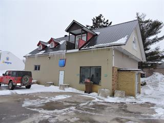 Duplex à vendre à Lac-des-Écorces, Laurentides, 597, boulevard  Saint-Francois, 15810581 - Centris.ca