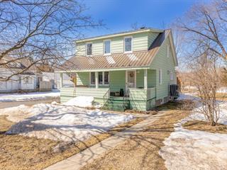 House for sale in Hemmingford - Village, Montérégie, 453, Rue  Frontière, 20654609 - Centris.ca