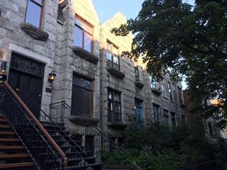 House for rent in Montréal (Ville-Marie), Montréal (Island), 1176, Rue  Saint-Mathieu, 26076956 - Centris.ca