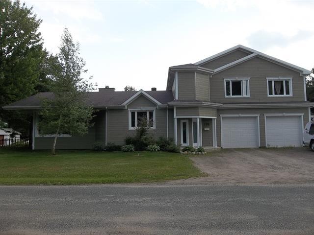 Maison à vendre à Saint-Samuel, Centre-du-Québec, 170, Rue  Notre-Dame, 28695300 - Centris.ca