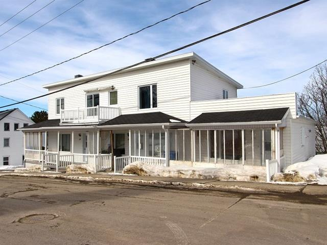 Quadruplex à vendre à Saint-Damien-de-Buckland, Chaudière-Appalaches, 185 - 185C, Rue  Commerciale, 25111174 - Centris.ca