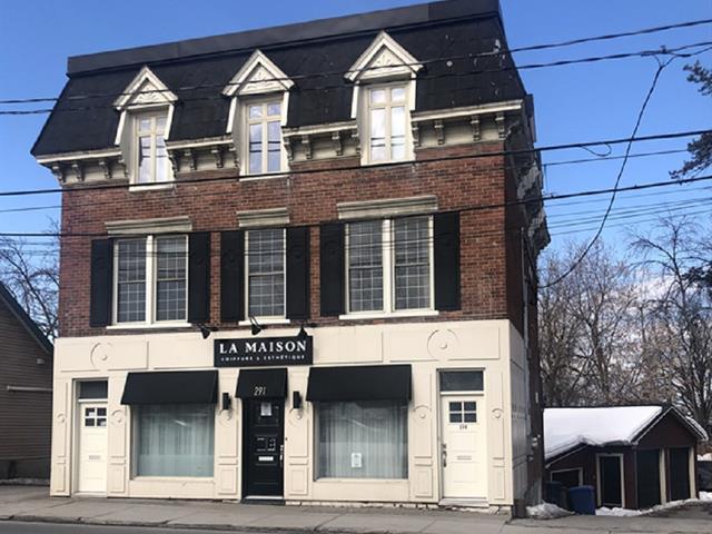 Commercial building for sale in Laval (Sainte-Rose), Laval, 289 - 291A, boulevard  Sainte-Rose, 11331856 - Centris.ca