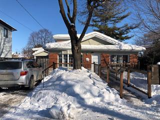 Immeuble à revenus à vendre à Laval (Saint-François), Laval, 495Z, Rue  Lambert, 16366856 - Centris.ca