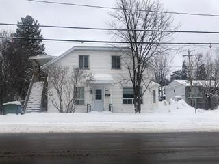 Duplex à vendre à Saguenay (Jonquière), Saguenay/Lac-Saint-Jean, 2260 - 2262, Rue  Saint-Hubert, 11892495 - Centris.ca