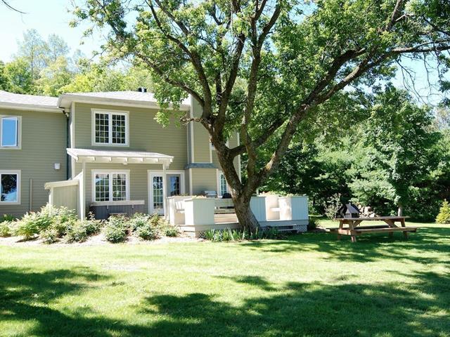 Maison à vendre à Mont-Tremblant, Laurentides, 1710 - 1712, Rue  Marie-Louise-Vallée, 18712954 - Centris.ca