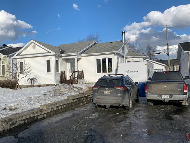 Maison à vendre à Malartic, Abitibi-Témiscamingue, 620, Avenue  Dargis-Ménard, 17792430 - Centris.ca