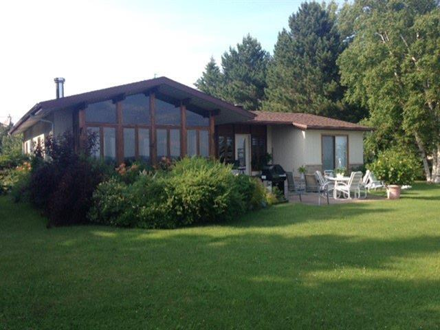 Cottage for sale in Saint-Félicien, Saguenay/Lac-Saint-Jean, 998, Chemin  Villeneuve, 15126993 - Centris.ca