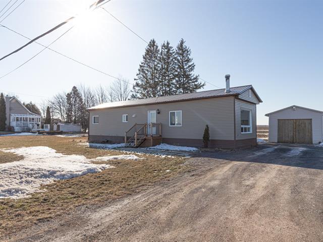Maison mobile à vendre à Sainte-Anne-de-Sabrevois, Montérégie, 376, Montée  Bertrand, 24136209 - Centris.ca