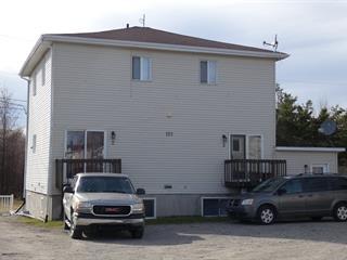 Triplex for sale in La Sarre, Abitibi-Témiscamingue, 121, Place  Cent, 26244828 - Centris.ca