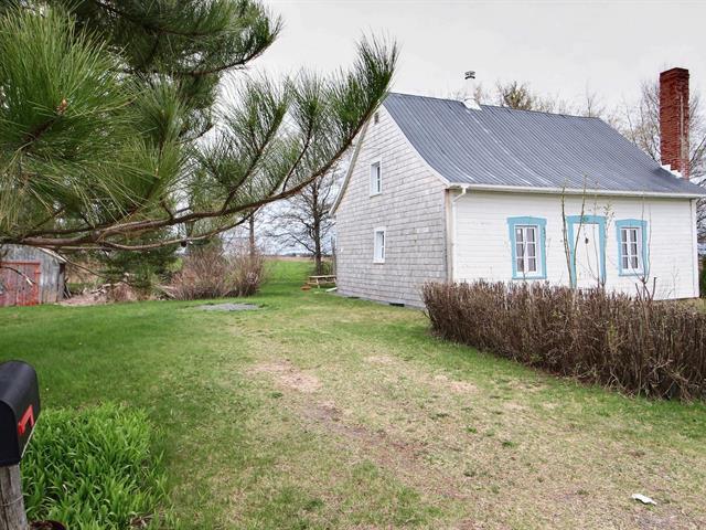 Cottage for sale in Sainte-Cécile-de-Lévrard, Centre-du-Québec, 40, Rang  Saint-François-Xavier, 25325623 - Centris.ca