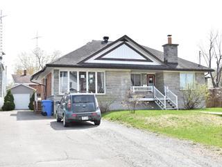 Maison à vendre à Lachute, Laurentides, 428, Rue  Bédard, 28193351 - Centris.ca
