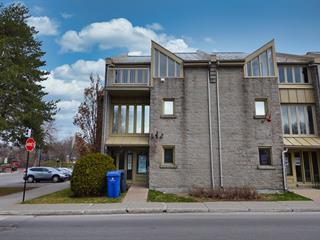 Bâtisse commerciale à louer à Terrebonne (Terrebonne), Lanaudière, 885, Rue  Saint-Pierre, 19348200 - Centris.ca