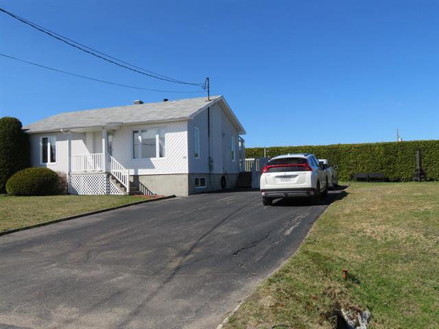 Maison à vendre à Labrecque, Saguenay/Lac-Saint-Jean, 3505, Rue  Ambroise, 28250914 - Centris.ca