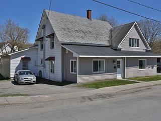 Triplex for sale in Coaticook, Estrie, 151, Rue  Saint-Marc, 11754266 - Centris.ca