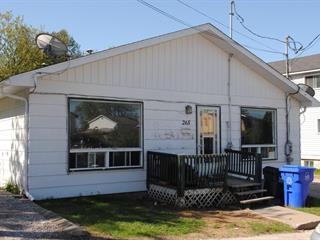Duplex à vendre à Maniwaki, Outaouais, 263 - 265, Rue  Cartier, 19609343 - Centris.ca