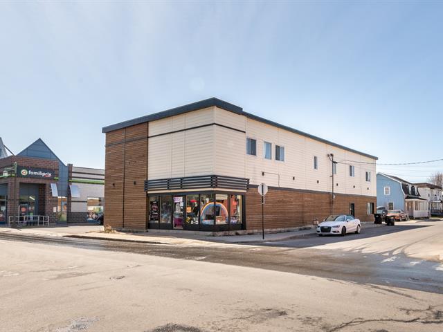 Quadruplex à vendre à Salaberry-de-Valleyfield, Montérégie, 76, Chemin  Larocque, 10585163 - Centris.ca