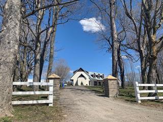 Ferme à vendre à Brownsburg-Chatham, Laurentides, 1350, Route des Outaouais, 14878083 - Centris.ca