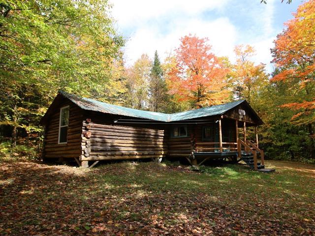 Maison à vendre à Notre-Dame-des-Bois, Estrie, 164, Route  212, 10174160 - Centris.ca
