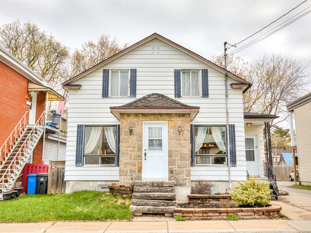 Maison à vendre à Sainte-Thérèse, Laurentides, 15, Rue  Lecompte, 25624086 - Centris.ca