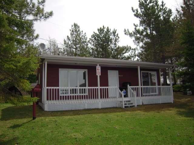 Cottage for sale in Saint-Zénon-du-Lac-Humqui, Bas-Saint-Laurent, 1037, Chemin du Tour-du-Lac, 24811882 - Centris.ca