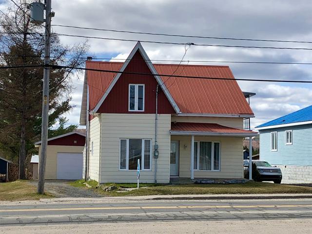Maison à vendre à Lamarche, Saguenay/Lac-Saint-Jean, 125, Rue  Principale, 21692114 - Centris.ca