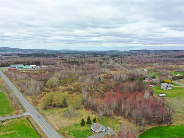 Terrain à vendre à Valcourt - Canton, Estrie, Route  243, 16915759 - Centris.ca