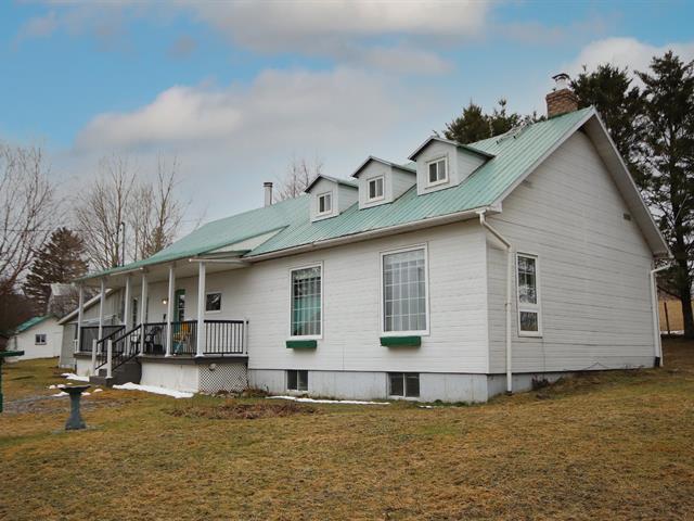 Maison à vendre à Notre-Dame-des-Bois, Estrie, 66, 8e Rang Ouest, 10477618 - Centris.ca
