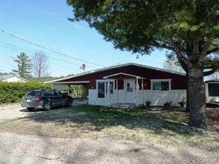 Maison à vendre à Blue Sea, Outaouais, 13, Rue  Principale, 27505875 - Centris.ca