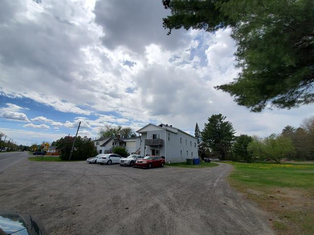 Terrain à vendre à Lachute, Laurentides, 508, Avenue d'Argenteuil, 25668392 - Centris.ca