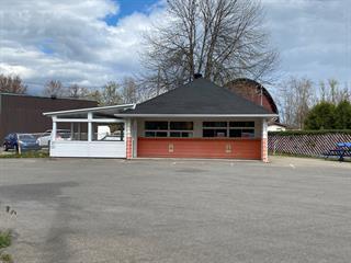 Bâtisse commerciale à vendre à Saint-Joseph-du-Lac, Laurentides, 3932, Chemin d'Oka, 19373501 - Centris.ca