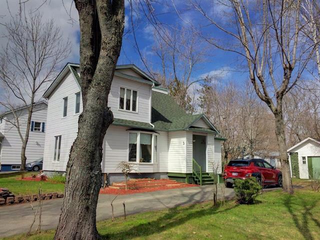 Maison à vendre à New Carlisle, Gaspésie/Îles-de-la-Madeleine, 3, Rue  Sheppard, 14437685 - Centris.ca