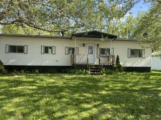 Mobile home for sale in Saint-Dominique, Montérégie, 490, Rue de la Plage-au-Sable, 25208626 - Centris.ca