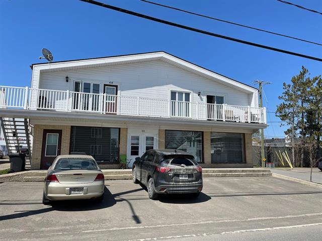 Quintuplex for sale in Saint-Jean-de-Dieu, Bas-Saint-Laurent, 68, Rue  Principale Nord, 18351775 - Centris.ca