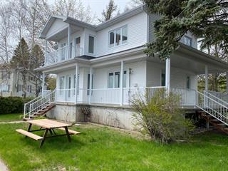 Chalet à vendre à Champlain, Mauricie, 146, Rue des Oblats, 17519257 - Centris.ca